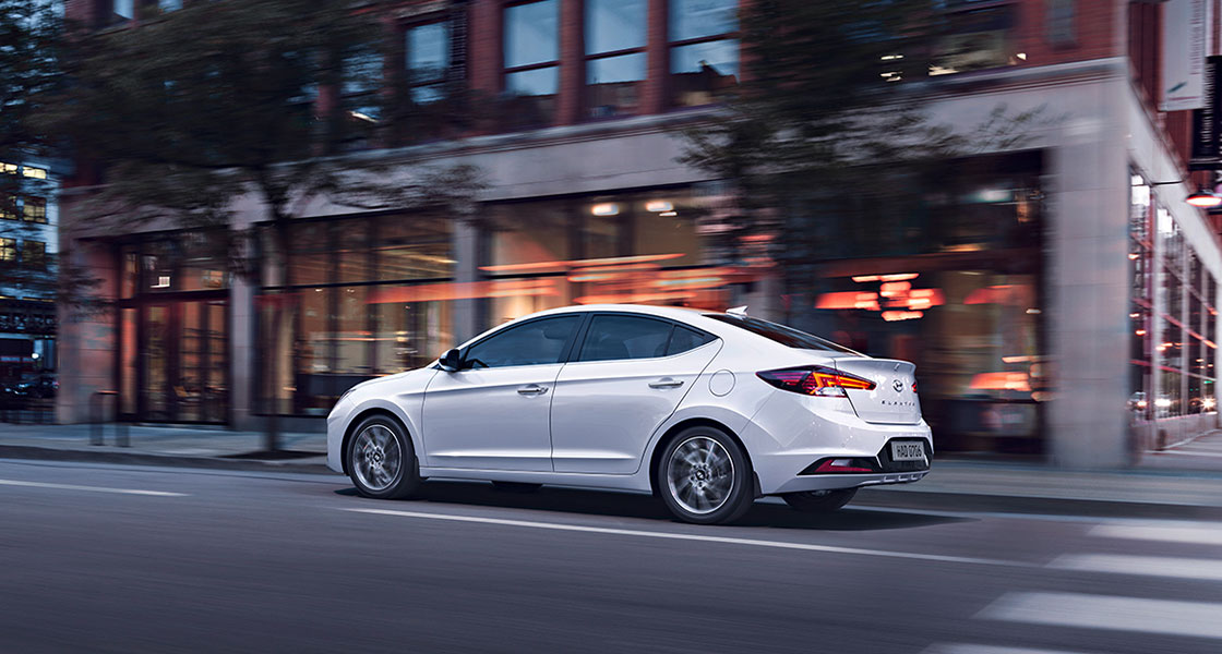 elantra-ad-fl-highlights-gallery-09.jpg