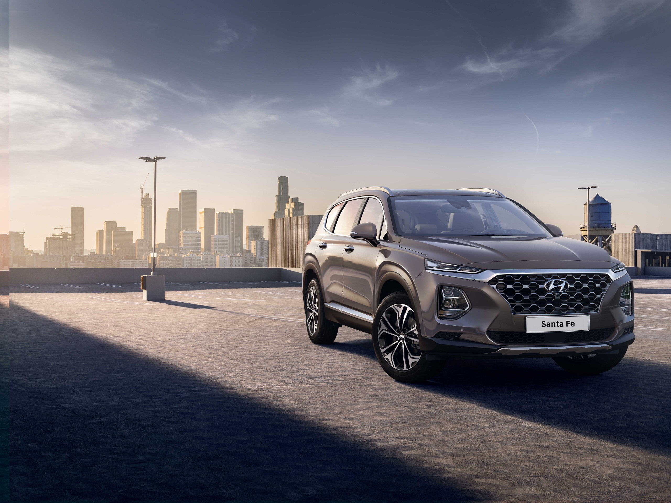 Hyundai Motor reveals first image of the Santa Fe (Ext.).JPG